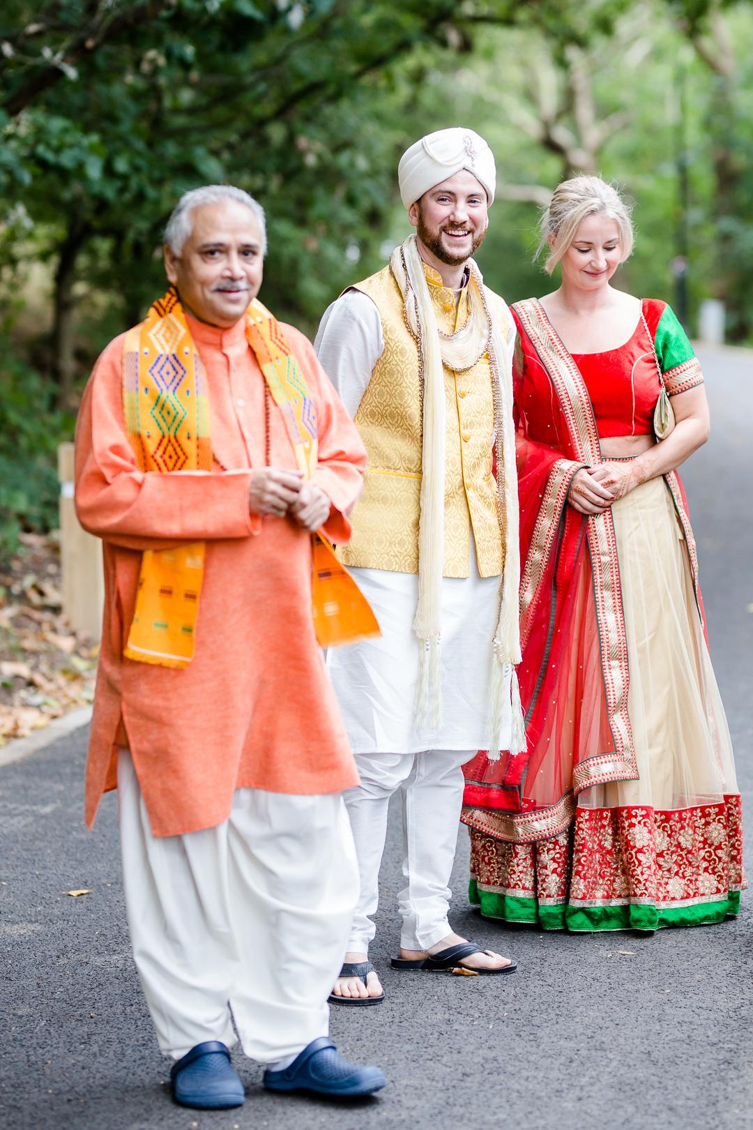 Groom in hindu dress for wedding