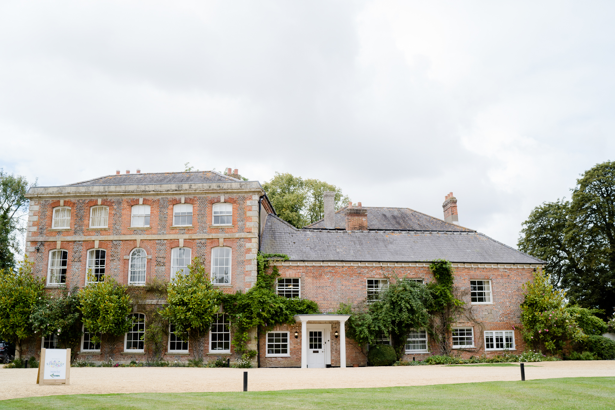The exterior of Syrencot House wedding venue near Salisbury Wiltshire