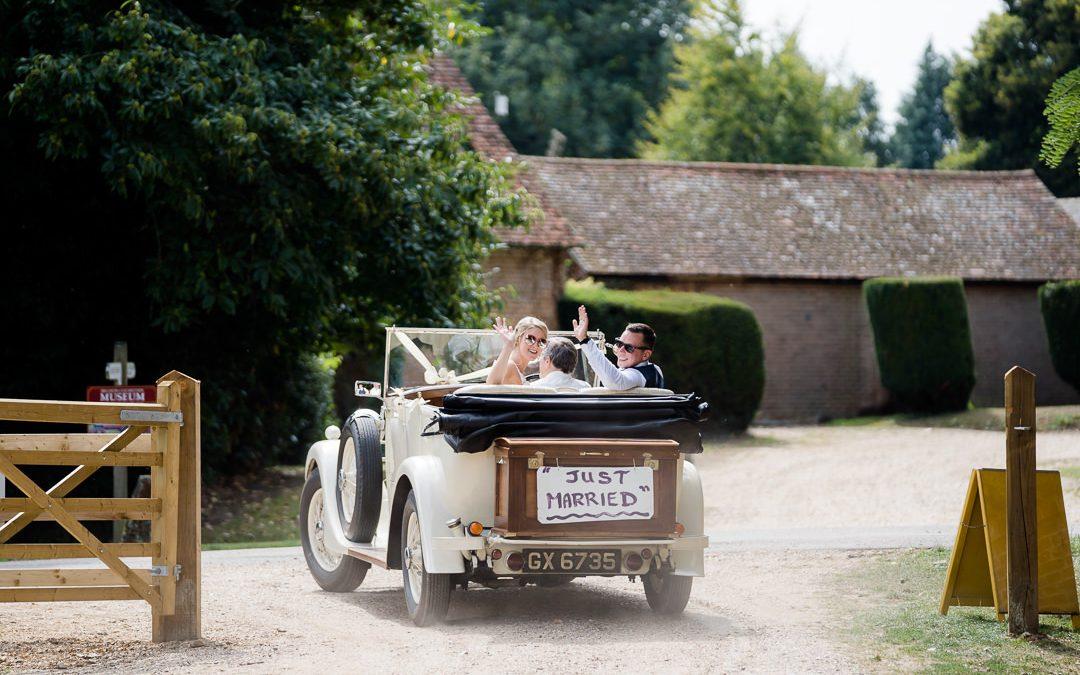 Lockdown Micro Weddings: Helena & Rich's Picnic At Home