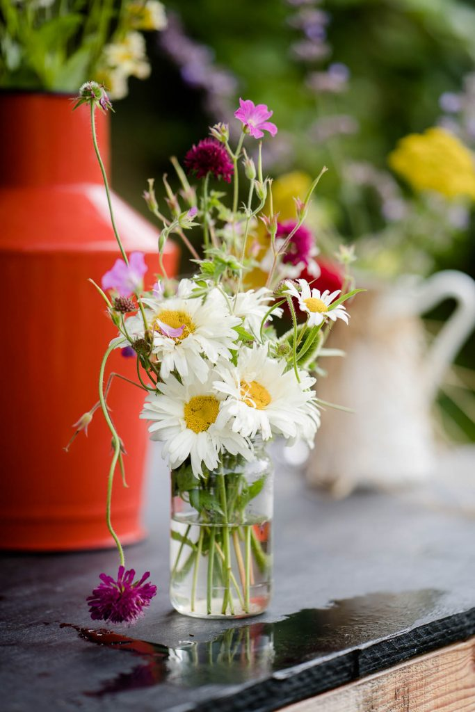 rustic daisy wedding flowers by Pythouse Kitchen Garden Co. near Salisbury Wilshire photo by Lydia Stamps Photography
